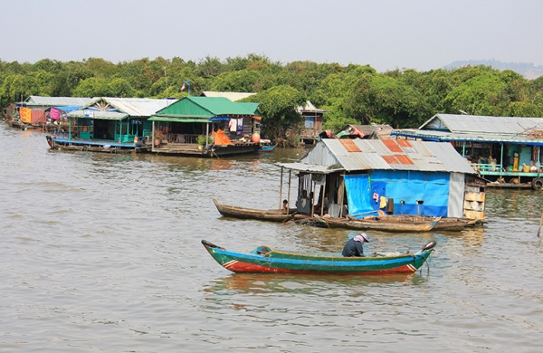 HALF DAY CHONG KNEAS FLOATING VILLAGE (AM: 08.30 - 12.30h. or PM:13.00 - 17.00h)